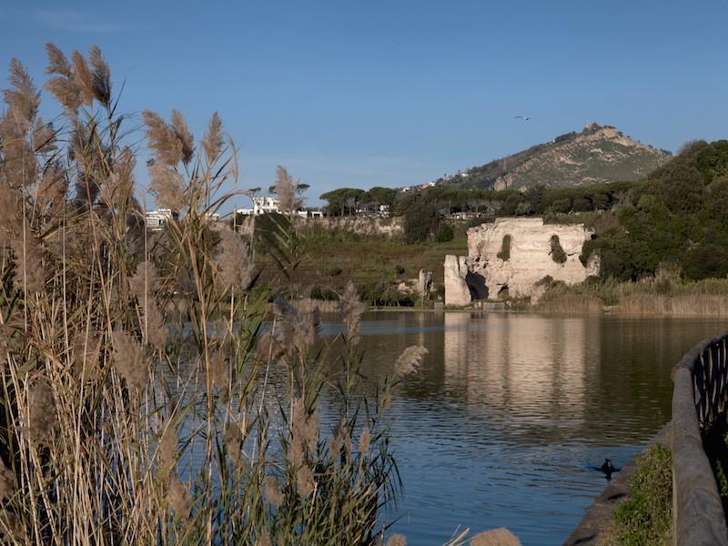 TEMPIO DI APOLLO – LAGO D'AVERNO (sito ambientale e resti archeologici)