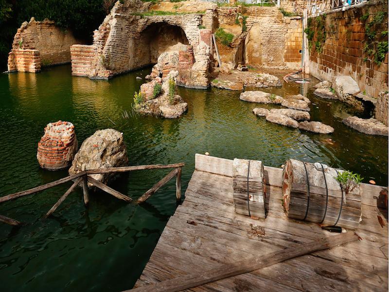 SACELLO DEGLI AUGUSTALI (sito archeologico)